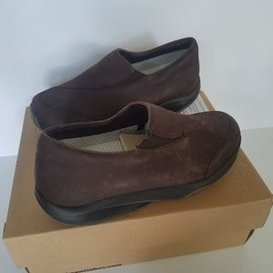 MBT 400176-01 Brown Leather Comfort Shoes sz. 8